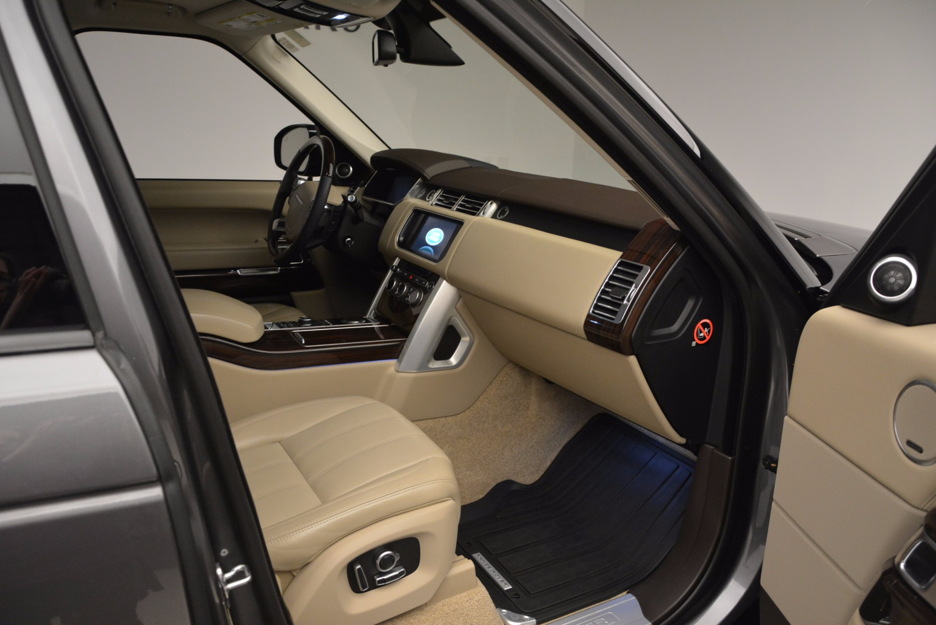 Used 2016 Land Rover Range Rover HSE TD6 For Sale In Westport, CT 999_p30