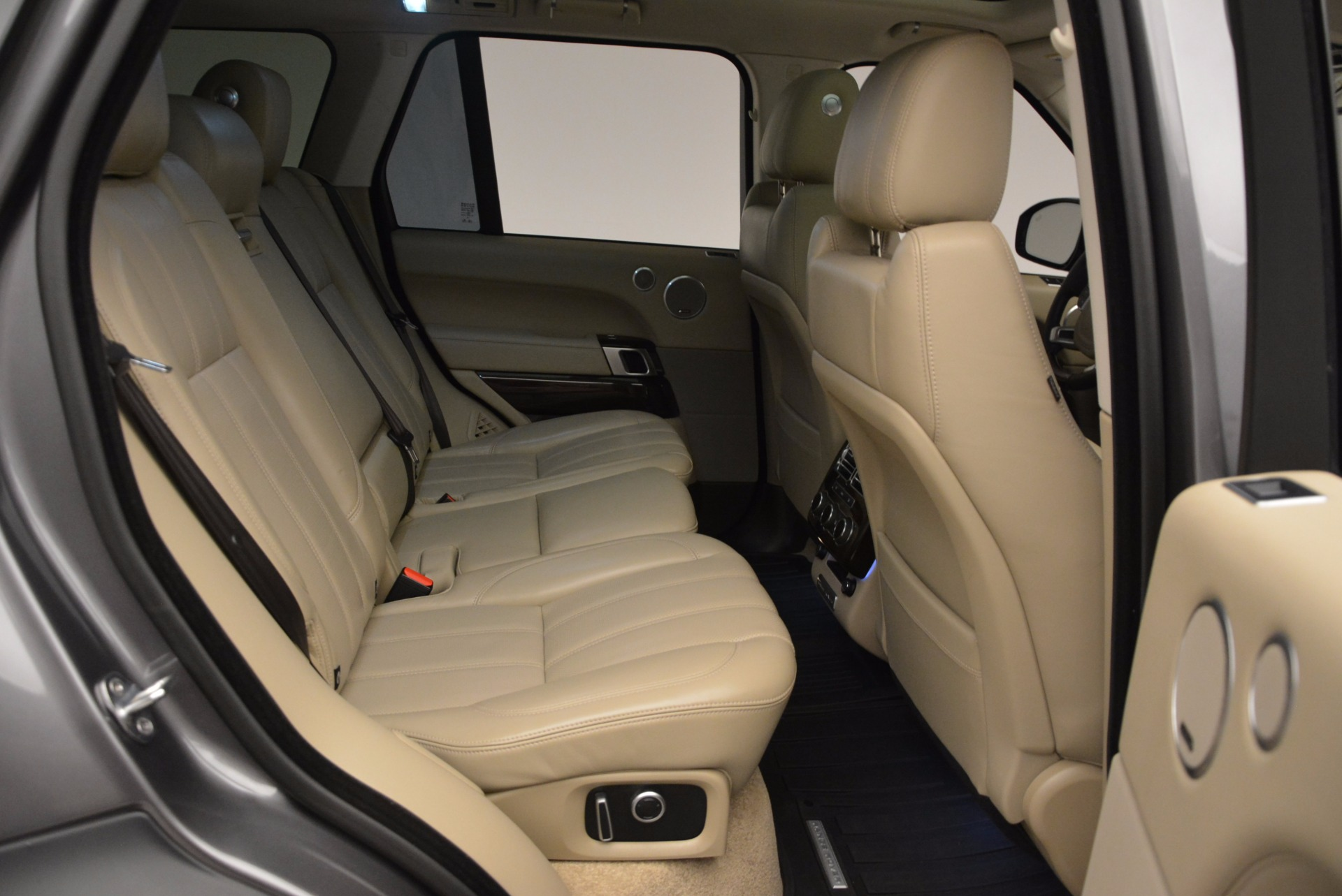 Used 2016 Land Rover Range Rover HSE TD6 For Sale In Westport, CT 999_p33