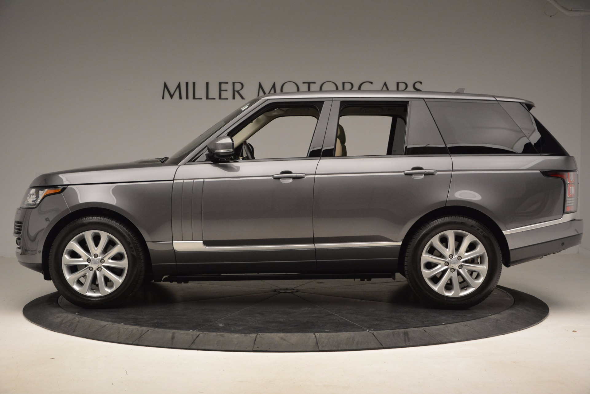 Used 2016 Land Rover Range Rover HSE TD6 For Sale In Westport, CT 999_p3