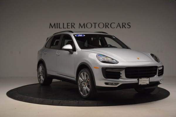 Used 2016 Porsche Cayenne Turbo for sale Sold at Alfa Romeo of Westport in Westport CT 06880 11