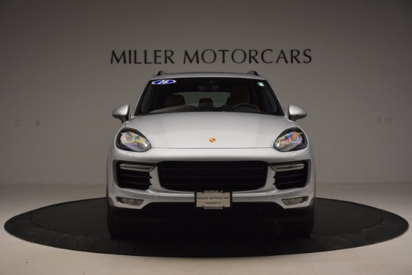 Used 2016 Porsche Cayenne Turbo for sale Sold at Alfa Romeo of Westport in Westport CT 06880 12