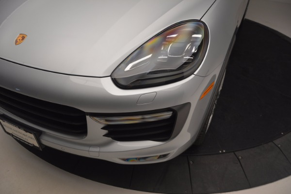 Used 2016 Porsche Cayenne Turbo for sale Sold at Alfa Romeo of Westport in Westport CT 06880 14