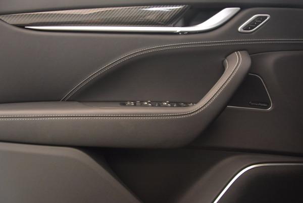 Used 2017 Maserati Levante for sale Sold at Alfa Romeo of Westport in Westport CT 06880 16