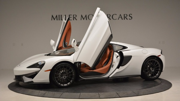 Used 2017 McLaren 570GT for sale Sold at Alfa Romeo of Westport in Westport CT 06880 14
