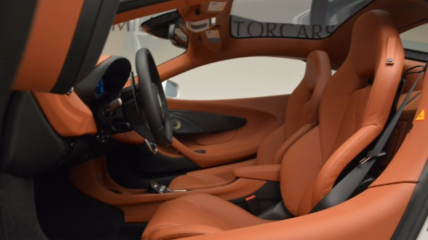 Used 2017 McLaren 570GT for sale Sold at Alfa Romeo of Westport in Westport CT 06880 17