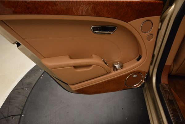 Used 2011 Bentley Mulsanne for sale Sold at Alfa Romeo of Westport in Westport CT 06880 26