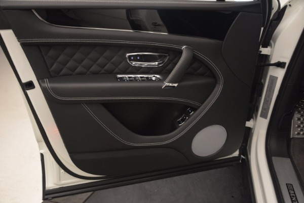 Used 2017 Bentley Bentayga for sale Sold at Alfa Romeo of Westport in Westport CT 06880 21