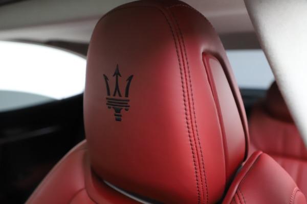 Used 2017 Maserati Ghibli S Q4 for sale Sold at Alfa Romeo of Westport in Westport CT 06880 17