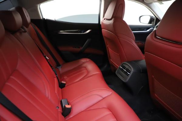 Used 2017 Maserati Ghibli S Q4 for sale Sold at Alfa Romeo of Westport in Westport CT 06880 25