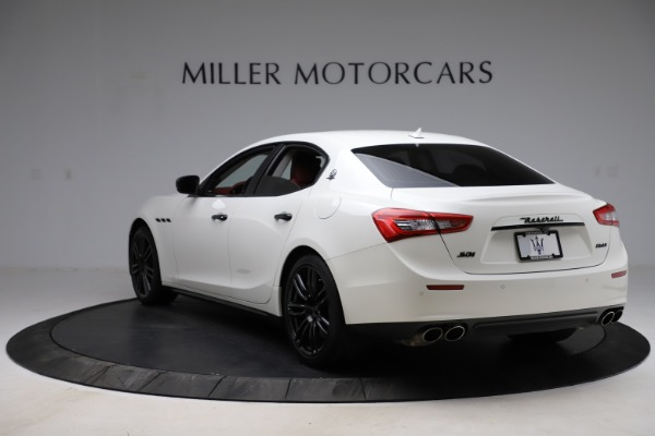 Used 2017 Maserati Ghibli S Q4 for sale Sold at Alfa Romeo of Westport in Westport CT 06880 5