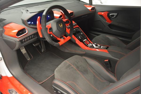 Used 2015 Lamborghini Huracan LP610-4 for sale Sold at Alfa Romeo of Westport in Westport CT 06880 16