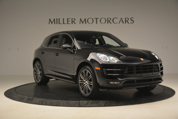 Used 2016 Porsche Macan Turbo for sale Sold at Alfa Romeo of Westport in Westport CT 06880 11
