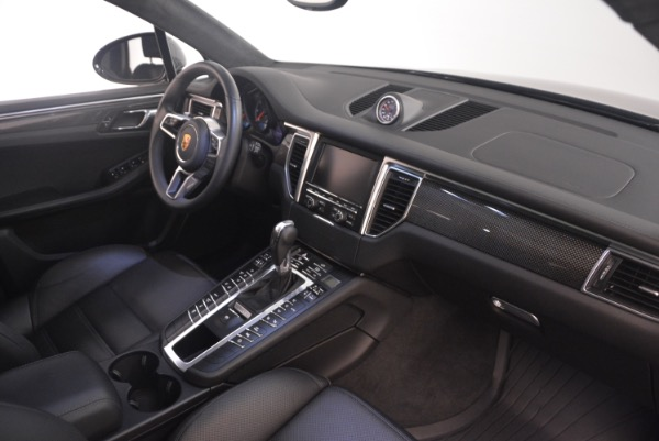 Used 2016 Porsche Macan Turbo for sale Sold at Alfa Romeo of Westport in Westport CT 06880 21