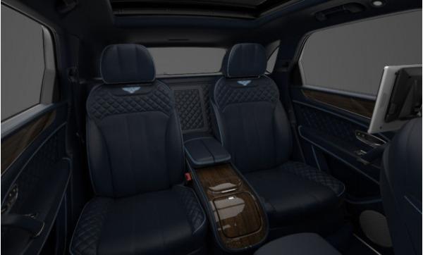 Used 2017 Bentley Bentayga for sale Sold at Alfa Romeo of Westport in Westport CT 06880 8