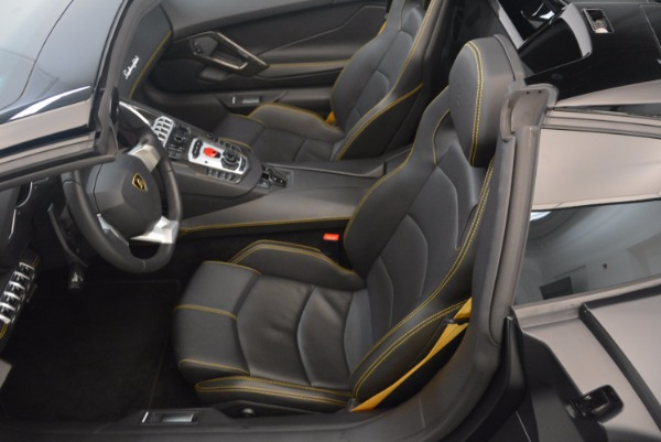 Used 2015 Lamborghini Aventador LP 700-4 for sale Sold at Alfa Romeo of Westport in Westport CT 06880 22