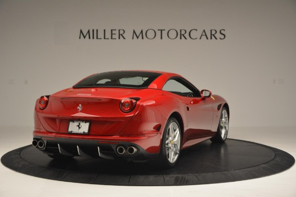 Used 2015 Ferrari California T for sale Sold at Alfa Romeo of Westport in Westport CT 06880 19