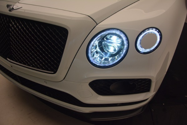 New 2018 Bentley Bentayga Black Edition for sale Sold at Alfa Romeo of Westport in Westport CT 06880 19