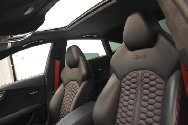 Used 2014 Audi RS 7 4.0T quattro Prestige for sale Sold at Alfa Romeo of Westport in Westport CT 06880 23