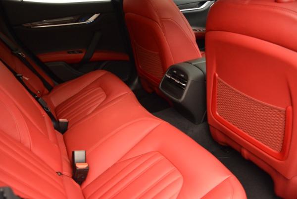 Used 2015 Maserati Ghibli S Q4 for sale Sold at Alfa Romeo of Westport in Westport CT 06880 23