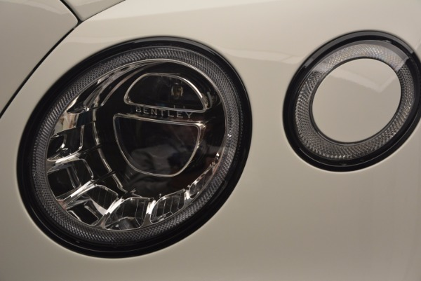 Used 2018 Bentley Bentayga Black Edition for sale Sold at Alfa Romeo of Westport in Westport CT 06880 15