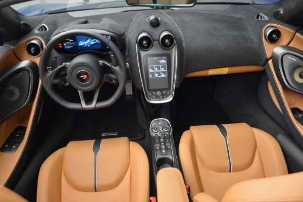 Used 2018 McLaren 570S Spider for sale Sold at Alfa Romeo of Westport in Westport CT 06880 28