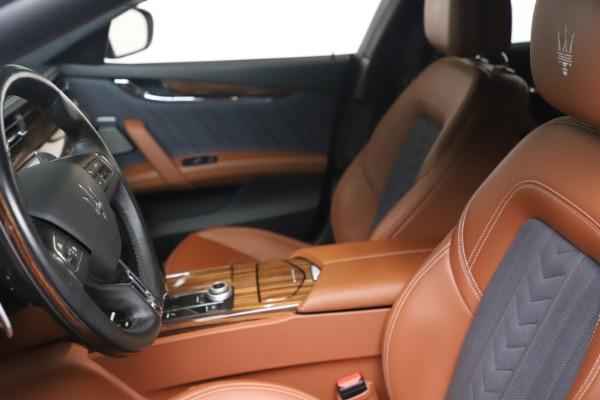 Used 2017 Maserati Quattroporte SQ4 GranLusso/ Zegna for sale $62,900 at Alfa Romeo of Westport in Westport CT 06880 14