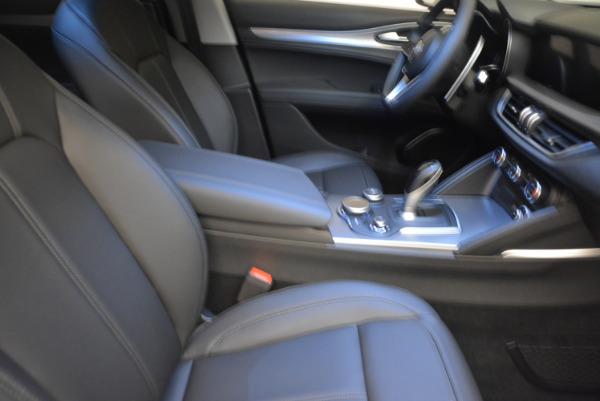 New 2018 Alfa Romeo Stelvio Sport Q4 for sale Sold at Alfa Romeo of Westport in Westport CT 06880 20