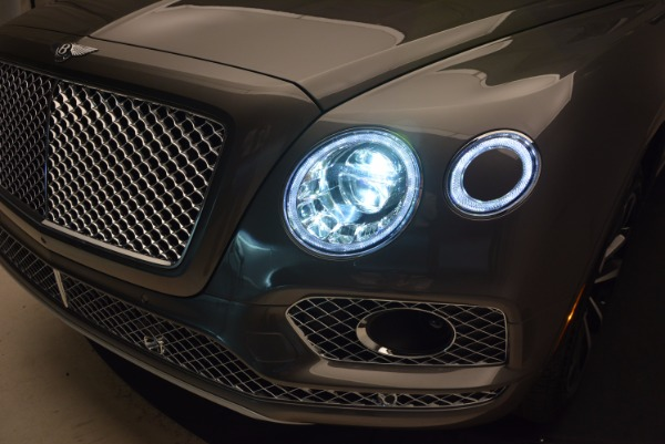 New 2018 Bentley Bentayga Activity Edition-Now with seating for 7!!! for sale Sold at Alfa Romeo of Westport in Westport CT 06880 19