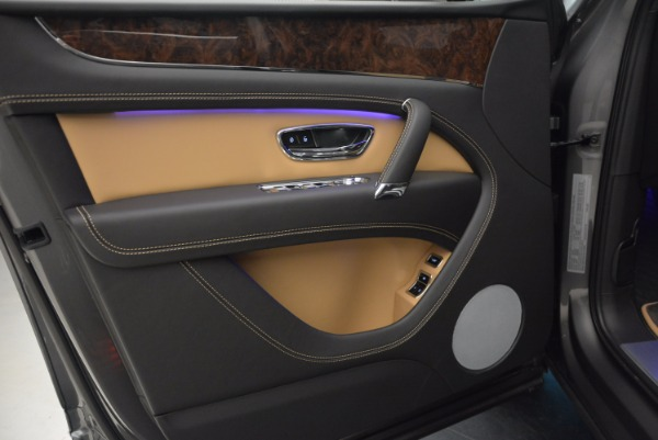 New 2018 Bentley Bentayga Activity Edition-Now with seating for 7!!! for sale Sold at Alfa Romeo of Westport in Westport CT 06880 23