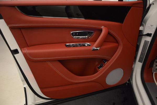 New 2018 Bentley Bentayga Onyx for sale Sold at Alfa Romeo of Westport in Westport CT 06880 25