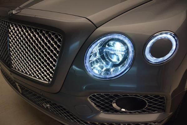 New 2018 Bentley Bentayga for sale Sold at Alfa Romeo of Westport in Westport CT 06880 16