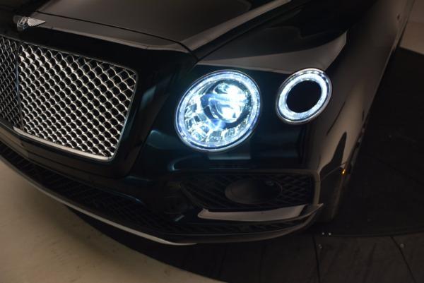 Used 2018 Bentley Bentayga Onyx Edition for sale Sold at Alfa Romeo of Westport in Westport CT 06880 17