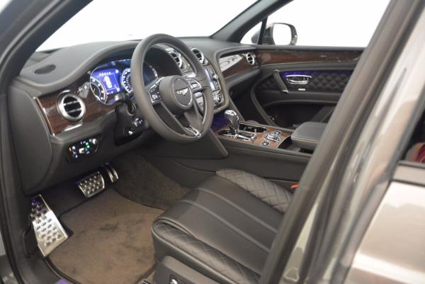 New 2018 Bentley Bentayga Black Edition for sale Sold at Alfa Romeo of Westport in Westport CT 06880 24