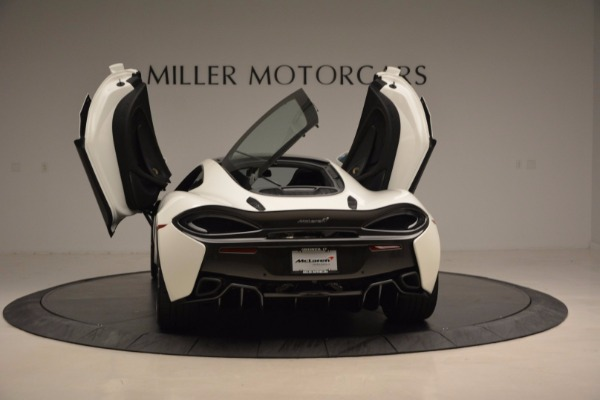 Used 2017 McLaren 570GT for sale Sold at Alfa Romeo of Westport in Westport CT 06880 25