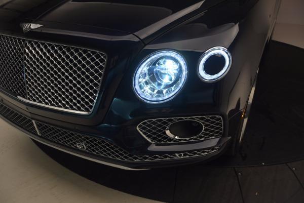 Used 2018 Bentley Bentayga W12 Signature for sale Sold at Alfa Romeo of Westport in Westport CT 06880 19