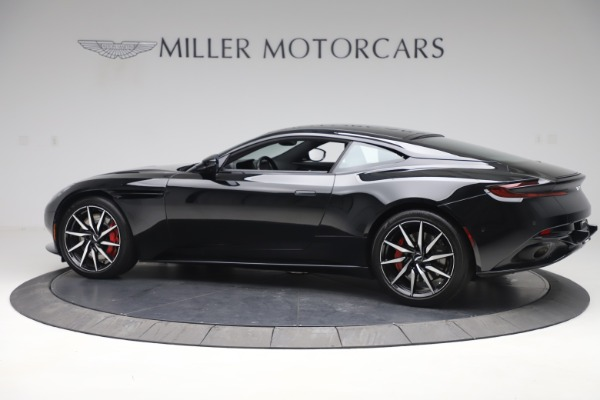Used 2017 Aston Martin DB11 V12 Coupe for sale $135,900 at Alfa Romeo of Westport in Westport CT 06880 4