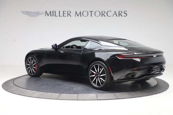 Used 2017 Aston Martin DB11 V12 Coupe for sale $135,900 at Alfa Romeo of Westport in Westport CT 06880 5