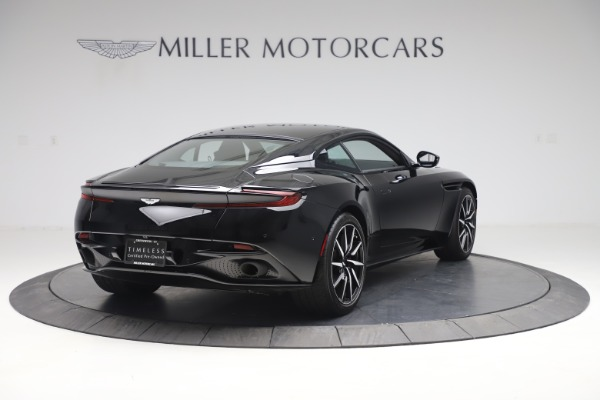 Used 2017 Aston Martin DB11 V12 Coupe for sale $135,900 at Alfa Romeo of Westport in Westport CT 06880 8