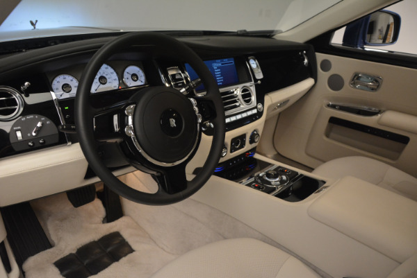 Used 2010 Rolls-Royce Ghost for sale Sold at Alfa Romeo of Westport in Westport CT 06880 19