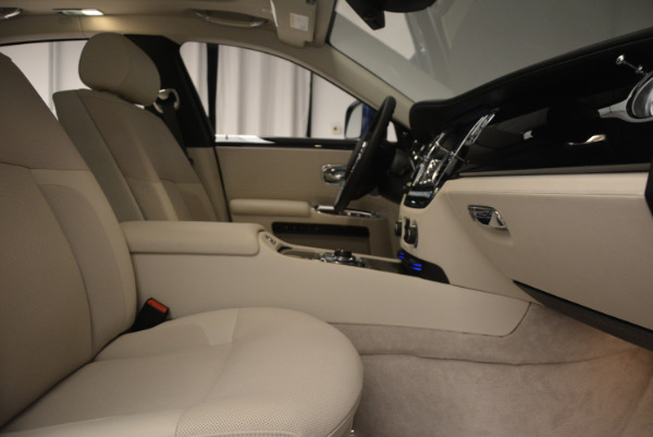 Used 2010 Rolls-Royce Ghost for sale Sold at Alfa Romeo of Westport in Westport CT 06880 21