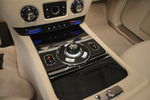 Used 2010 Rolls-Royce Ghost for sale Sold at Alfa Romeo of Westport in Westport CT 06880 22