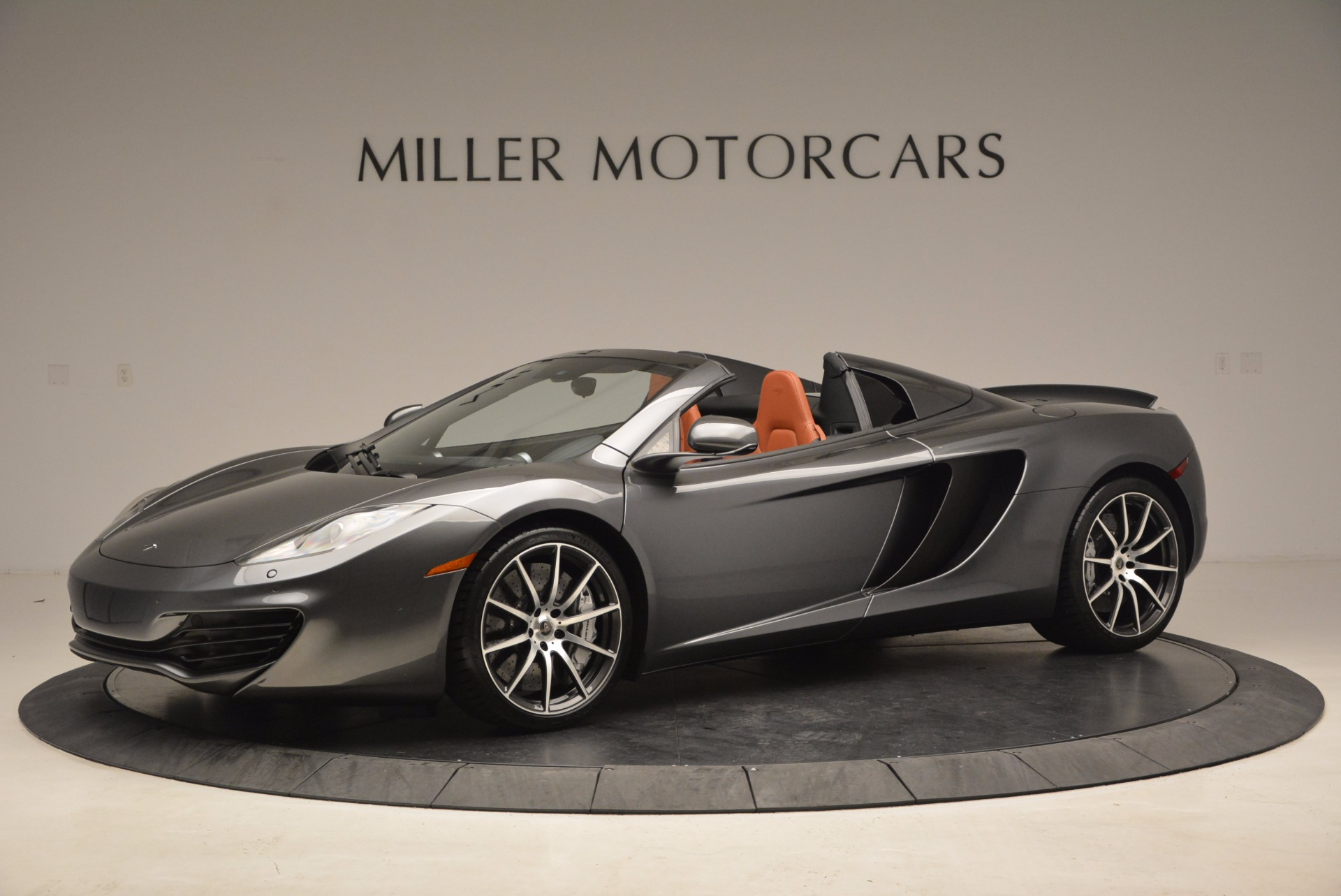 Used 2014 McLaren MP4-12C SPIDER Convertible for sale Sold at Alfa Romeo of Westport in Westport CT 06880 1