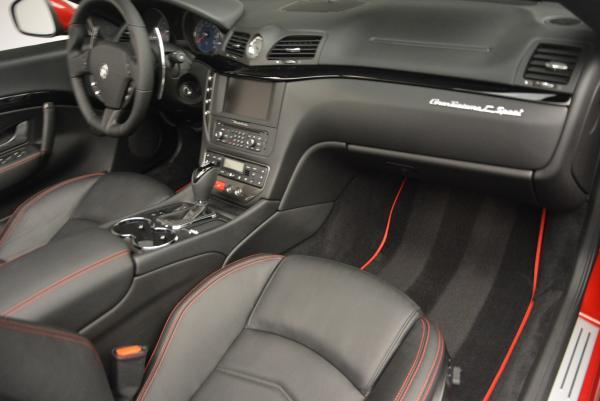 New 2017 Maserati GranTurismo Cab Sport for sale Sold at Alfa Romeo of Westport in Westport CT 06880 25