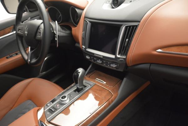 Used 2018 Maserati Levante Q4 GranLusso for sale $61,900 at Alfa Romeo of Westport in Westport CT 06880 24