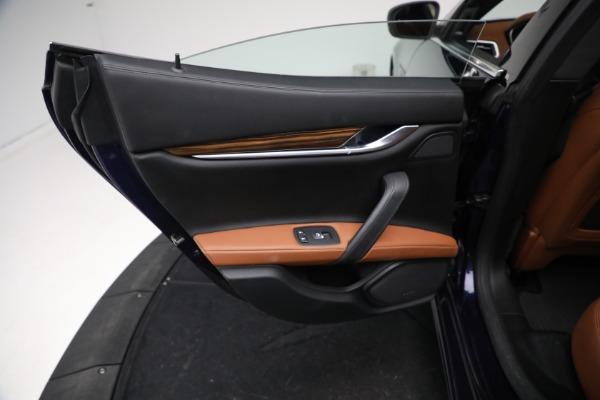 Used 2018 Maserati Ghibli S Q4 GranLusso for sale $56,900 at Alfa Romeo of Westport in Westport CT 06880 18