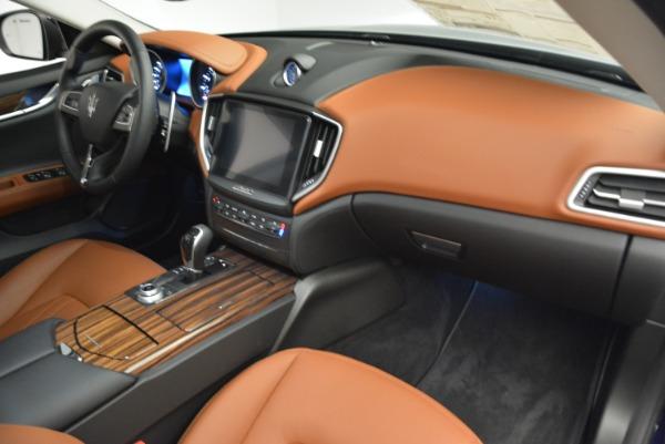 Used 2018 Maserati Ghibli S Q4 for sale $49,900 at Alfa Romeo of Westport in Westport CT 06880 19