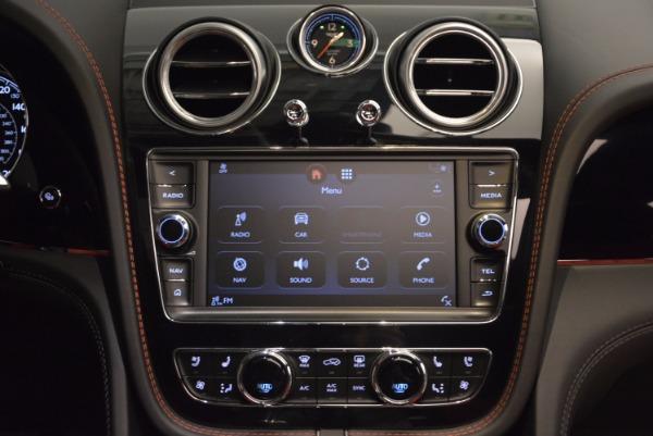 Used 2018 Bentley Bentayga Onyx for sale Call for price at Alfa Romeo of Westport in Westport CT 06880 28