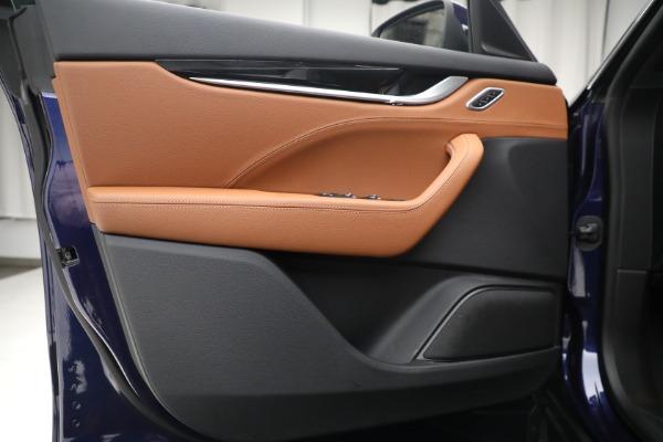 Used 2018 Maserati Levante Q4 for sale $57,900 at Alfa Romeo of Westport in Westport CT 06880 16