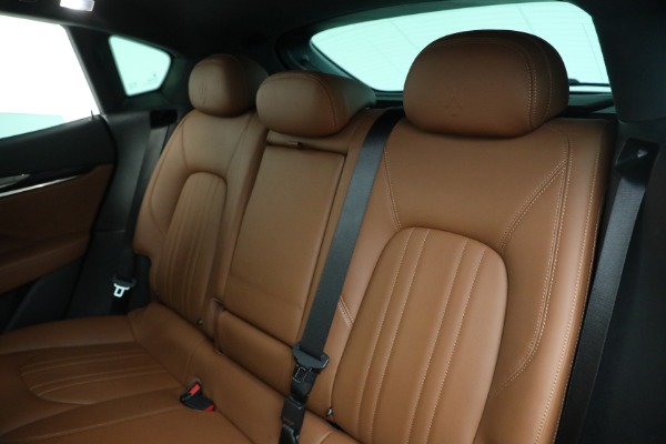 Used 2018 Maserati Levante Q4 for sale $57,900 at Alfa Romeo of Westport in Westport CT 06880 17