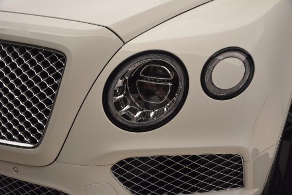 Used 2018 Bentley Bentayga Signature for sale Sold at Alfa Romeo of Westport in Westport CT 06880 16